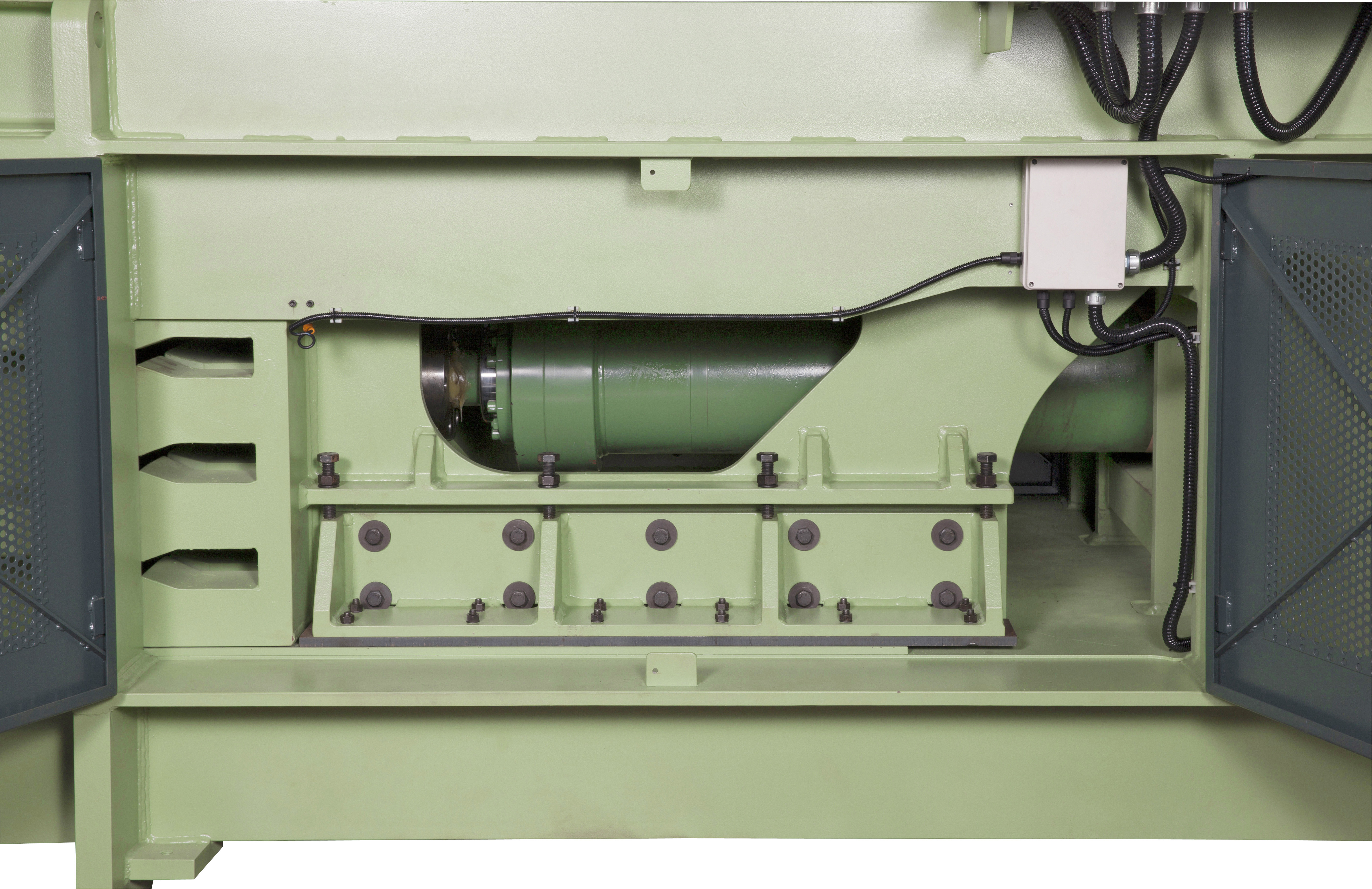 Cb Engineering C Series Automatic Channel Baler Grooved Wiring Board The Floor Design And Press Ram Grooves On Balers Are Designed To Stop Paper Plastics From Sliding Under Into Back